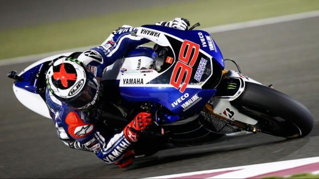Moto GP, Lorenzo primo davanti a Dovizioso. Rossi sesto a Sepang