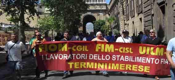 Gli operai della Fiat scrivono al premier Letta | La Chiesa di Termini invita allo sciopero generale