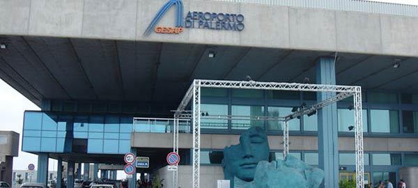 Trasporto aereo, proclamato sciopero per il 22 novembre | Protesta di quattro ore di tutto il personale