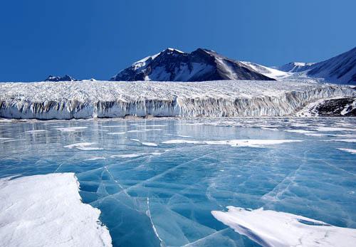 """Antartide, si stacca iceberg di 80 chilometri. """"Il cambiamento del paesaggio sarà radicale"""""""