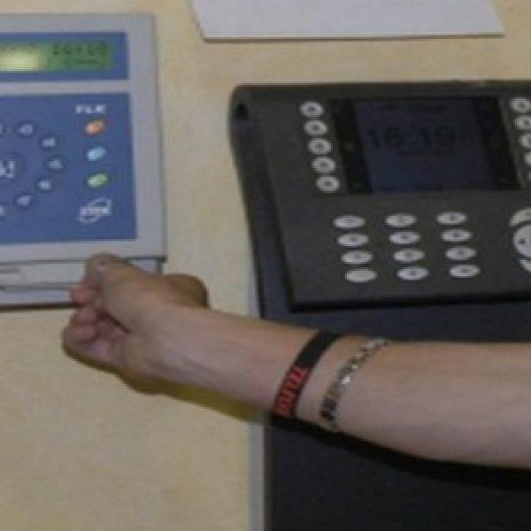 Truffa, dieci dipendenti arrestati al Comune di Pozzuoli