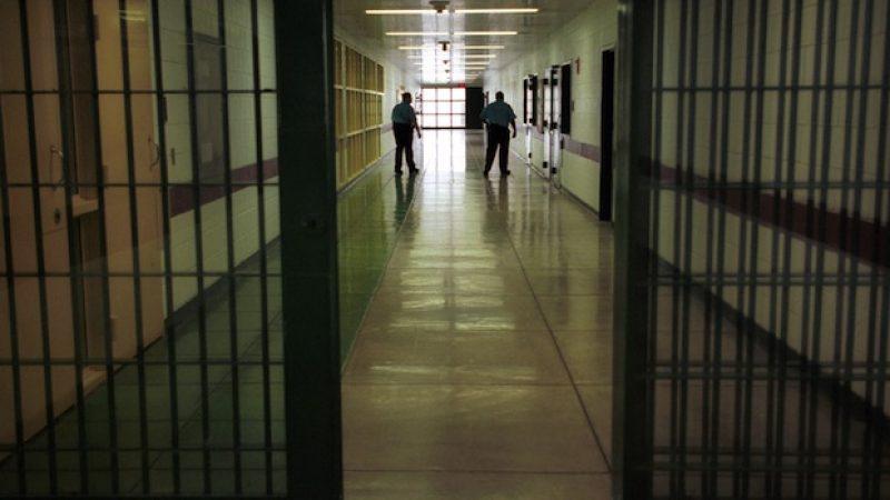 Torino, detenuto evade durante un permesso premio