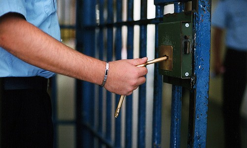 Londra, sciolse agente in acido: italiano trovato morto in cella
