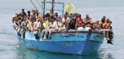 3000 profughi Sicilia, migranti, morti naufragio, sbarchi migranti, sbarco migranti, sbarco migranti Puglia, sbarco migranti sicilia, sbarco Puglia