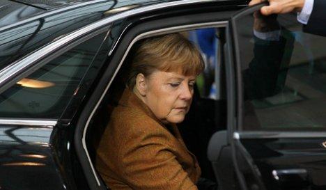 "Lieve frattura al bacino per Angela Merkel   I medici: ""Niente di grave, ma dovrà riposare"""