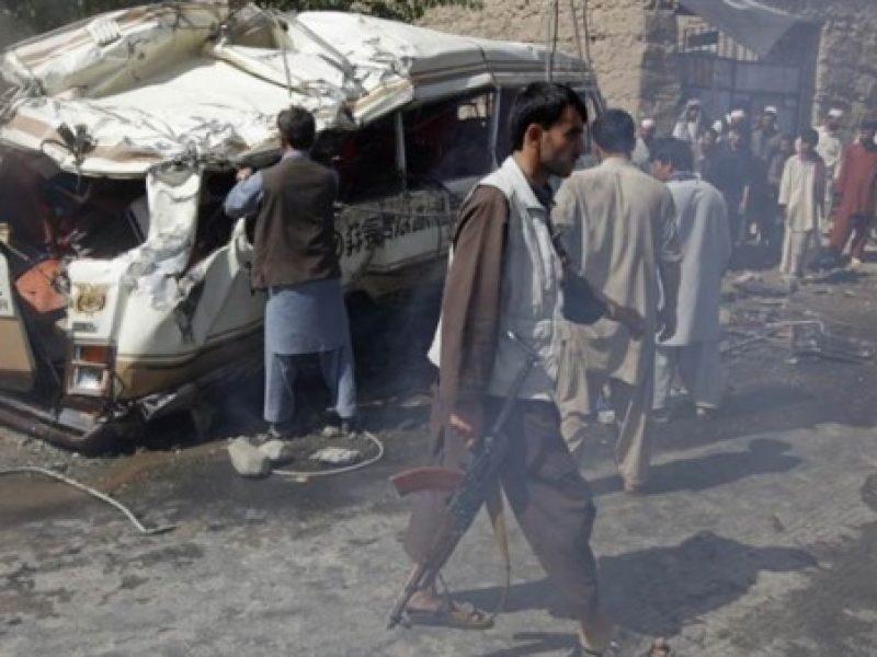 150 feriti kabul, 60 morti kabul, attentato afghanistan, kabul attentato, morti attentato Kabul, morti autobomba Kabul, morti Kabul