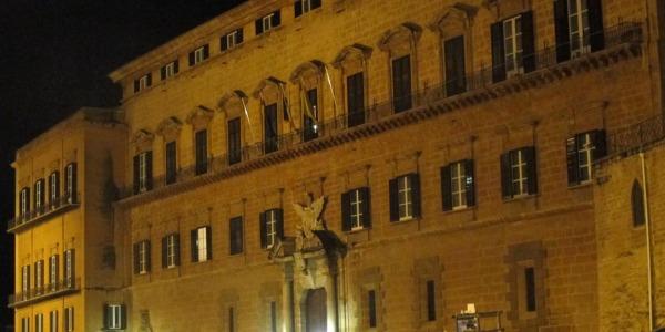 Parte la corsa verso un posto a Sala d'Ercole |Il Parlamento 'ristretto' da 90 a 70 deputati LISTE