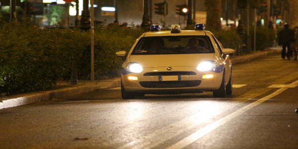 Agente ferito a Firenze