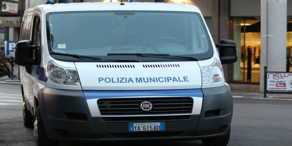 I vigili urbani di Palermo sequestrano due discariche abusive | Una si trova in via Erice l'altra nell'area dell'ex Chimica Arenella