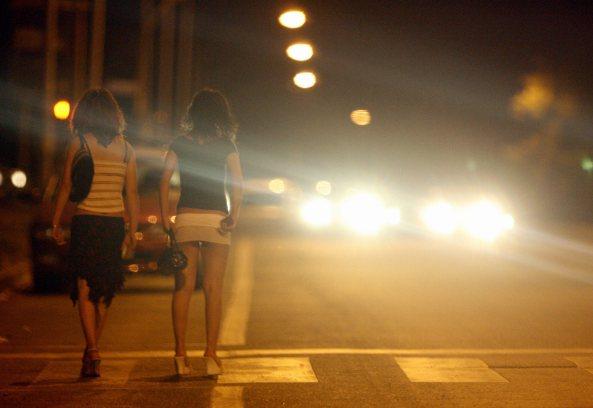 Pescara, prostitute costrette ad abortire | Sgominata una banda di romeni