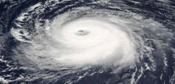4 morti Filippine, Albay, Batangas, Bichara, Cavite, Filippine, Luzon, manila, morti Filippine, tifone filippine, tifone Nina