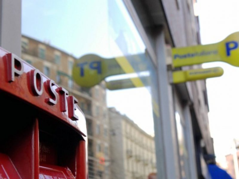 poste italiane aumentano tariffe raccomandate e posta prioritaria
