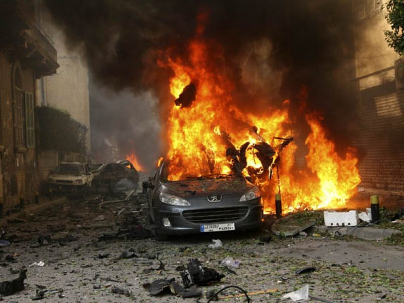 Beirut, attentato Kamikaze Liban Beirut, Hezbollah libano, Attentato bomba suicida contro hezbollah Libano, attentato periferia sud di Beirut, 20 morti attento kamikaze Beirut Libano , 40 feriti Attenmtao Kamikaze libano Beirut