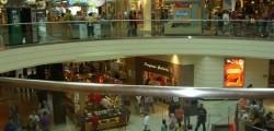 primo maggio centri commerciali aperti, centri commerciali piccoli negozi, centri commerciali uccidono piccoli negozi, simona vicari, commercio,