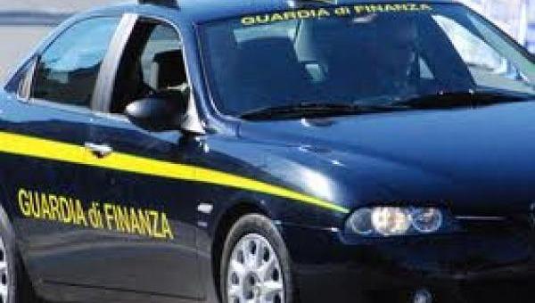 Reggio Calabria, sequestrate due società per evasione fiscale