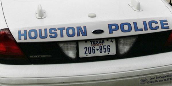 Usa, sparatoria a Houston: nove le persone ferite |L'aggressore è morto, era un avvocato