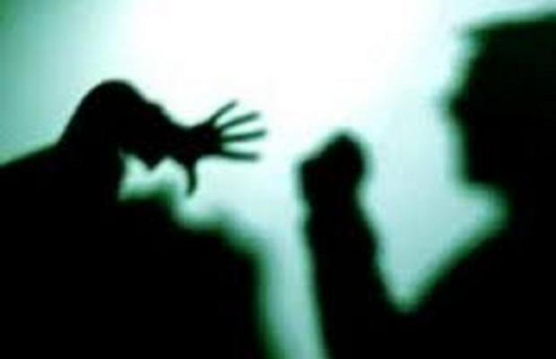 Massacra di botte la compagna, 30enne arrestato a Bagheria