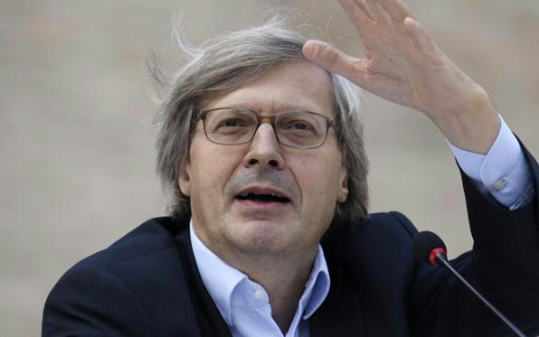 Sgarbi condannato a Genova per diffamazione |Il tribunale di Catanzaro lo rinvia a giudizio per lo stesso reato