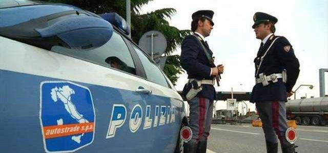 Perseguita la ex fidanzata per mesi, arrestato un ventenne a Palermo