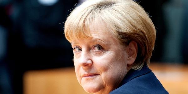 Angela Merkel, donna più potente del mondo per Forbes /FOTO