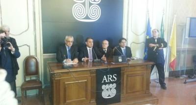 """Sicilia, Ardizzone annuncia: """"Bilancio e finanziaria in Aula entro il 31""""   E attacca la stampa nazionale: """"Diamo fastidio a qualcuno"""""""