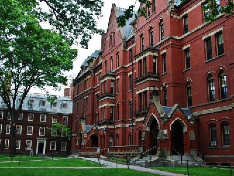 Allarme bomba all'Università di Harvard