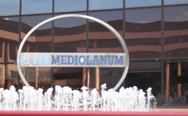 Fininvest cede parte di Mediolanum | Berlusconi incassa 265 milioni di euro