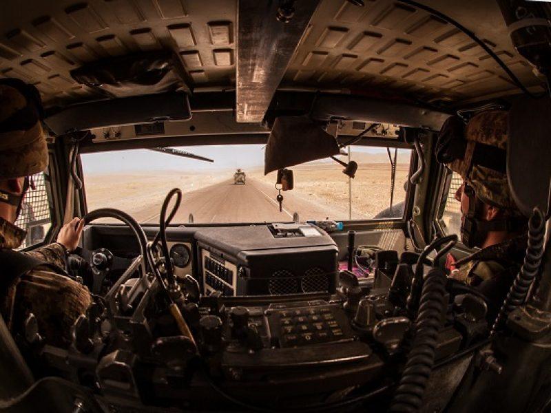 Paracadutisti del Nembo in pattuglia a Shindand