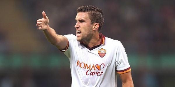 Serie A, giudice sportivo: 2 giornate di squalifica a Strootman per simulazione. La Roma farà ricorso