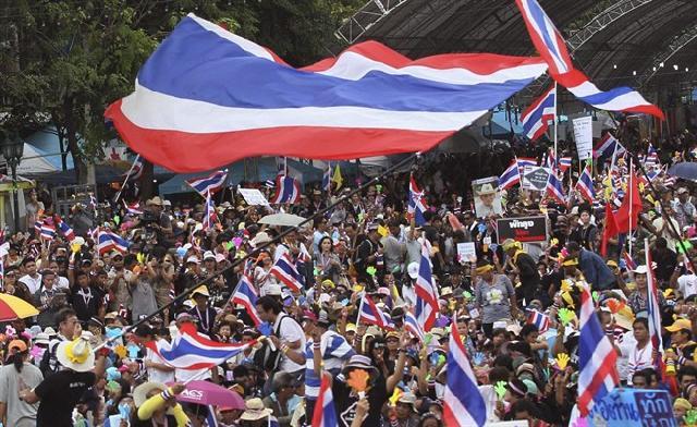 Manifestazioni anti-governo in Thailandia | I militari escludono una repressione