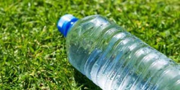 acqua soda caustica, beve bibita e muore, morte idraulico rimini, morte Rimini, soda caustica rimini