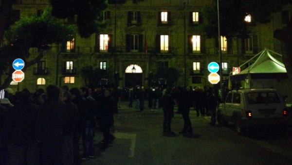 Sit in degli operai AnsaldoBreda a Palermo | Da lunedì lo stabilimento sarà chiuso
