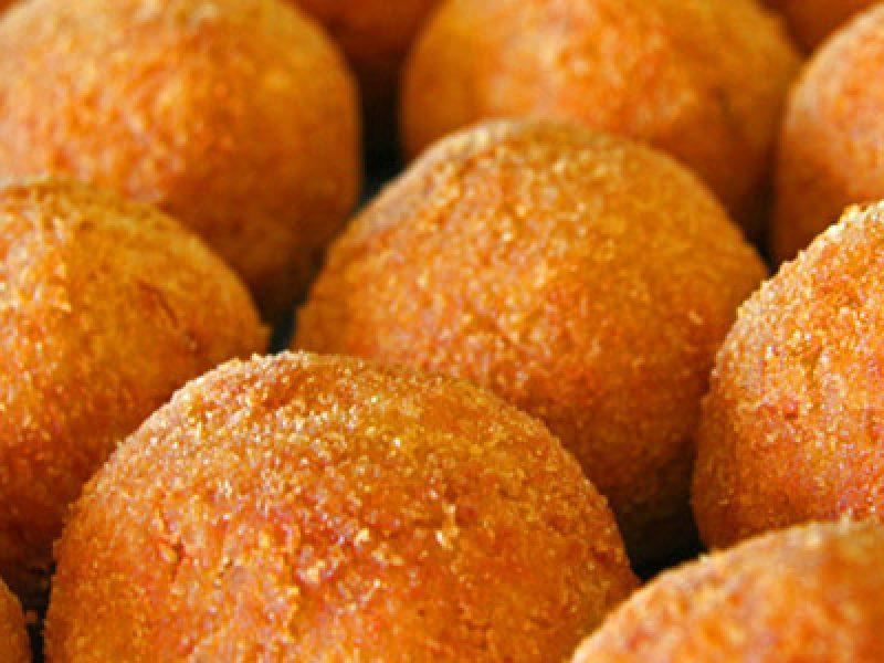 arancine santa lucia 13 dicembre si dice arancina o arancino