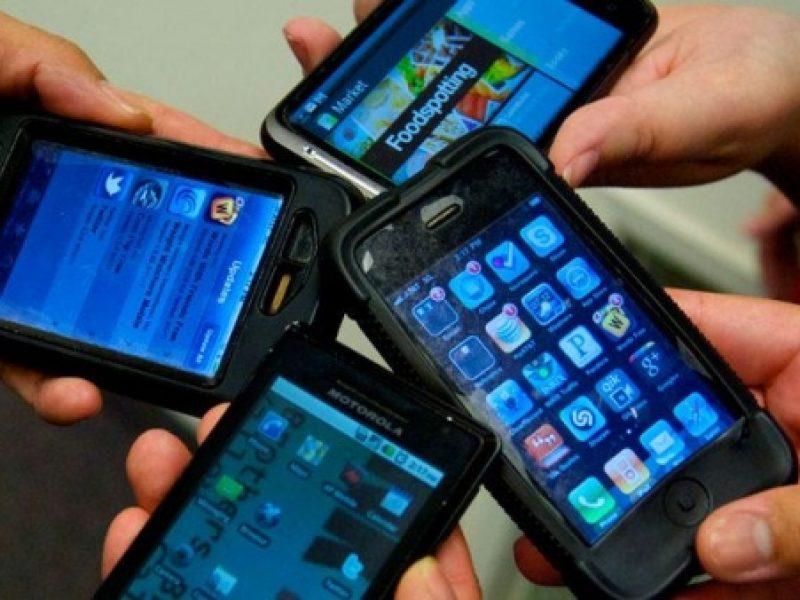 smartphone e tablet 8 arresti a palermo