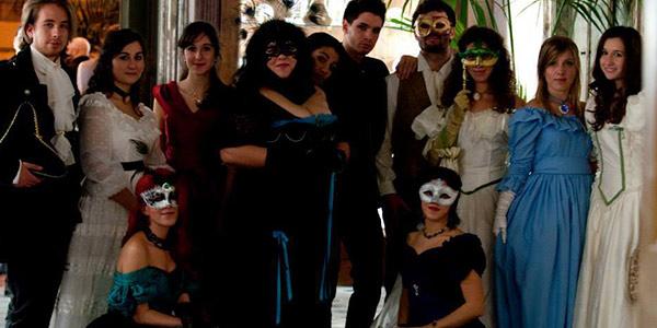 """A Palazzo Asmundo, il primo ballo in costume organizzato da """"Victorian and Gothic Palermo"""""""