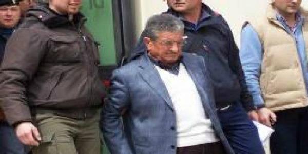 Favorì la latitanza di Giuseppe Falsone   Ottantenne di Naro torna in carcere