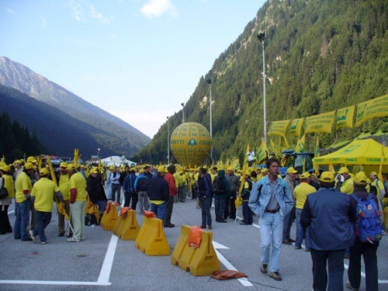 coldiretti-protesta-bloccata-frontiera-brennero