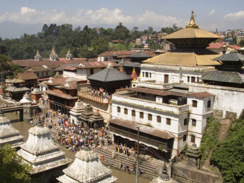 coppia di turisti italiani morta in nepal, nepal italiani morti, kathmandu due italiani morti in albergo, luciano trezza, rita melorio, turisti, morti