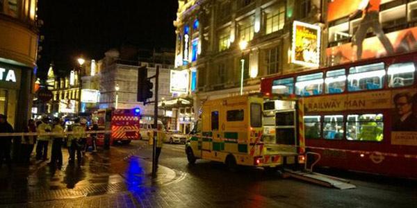 Londra, crolla la balconata dell'Apollo Theatre | Alcuni feriti sono in gravi condizioni/FOTO