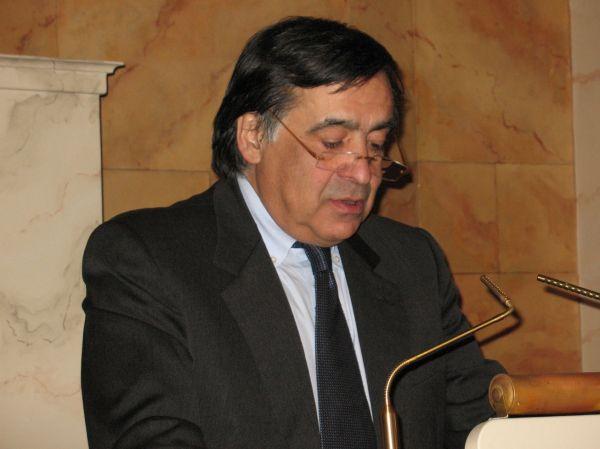 Emergenza rifiuti a Palermo, la lettera aperta di Leoluca Orlando
