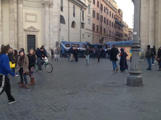 Forconi, la manifestazione a Roma è un flop | Capitale blindata ma la folla non c'è /FOTO