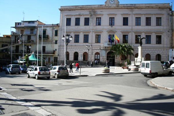 Il Cdm proroga lo scioglimento dei Comuni di Misilmeri e Campobello