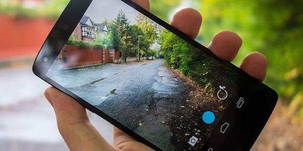 Nexus 5: con Android 4.4.1 KitKat vengono risolti i problemi della fotocamera