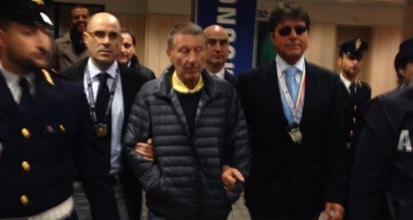 Estradato in Italia il boss Vito Roberto Palazzolo | Era stato arrestato in Thailandia nel 2012 /VIDEO
