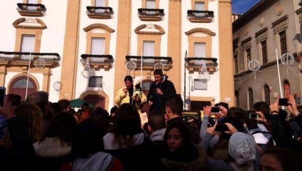 Palermo, corteo di ex Pip in centro città | Alla Vucciria manifestazione di 300 studenti