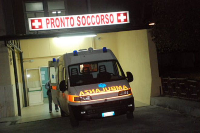 Un caso di meningite a Bologna | Ricoverato un ragazzo, coinvolti in 70