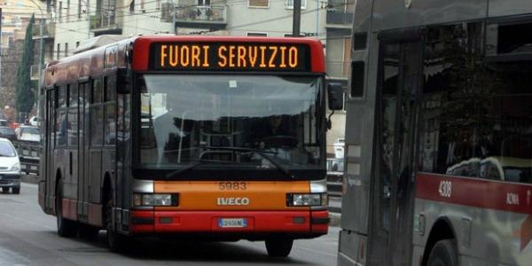 Sciopero dei mezzi venerdì 27 ottobre: si fermano Milano e Roma