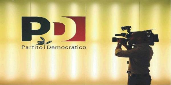 Tafferugli nella sede romana del Pd | Occupati gli studi della tv Youdem