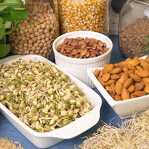 """I dieci """"super"""" alimenti che aiutano a superare l'ansia invernale e lo stress natalizio"""