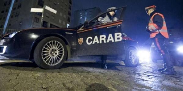 Un cadavere davanti al tribunale, è giallo a Prato | Secondo i carabinieri l'uomo sarebbe stato ucciso